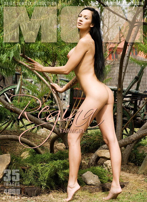 Regina - `Farmgirl` - for MC-NUDES