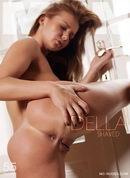 Della - Shaved