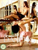 Beautiful Dancers  4