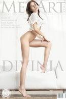 Diana D - Divinia