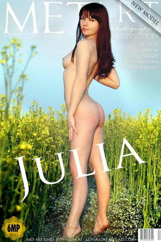 Julia W - `Presenting Julia` - by Elena Ray for METART