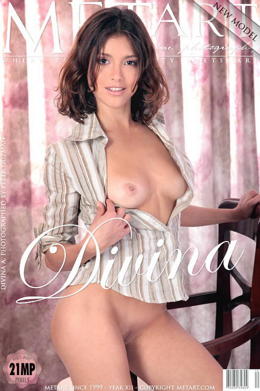 Divina A - `Presenting Divina` - by Peter Guzman for METART