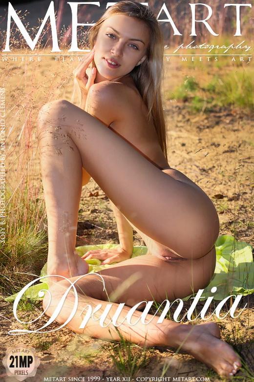 Sofy B - `Druantia` - by Antonio Clemens for METART
