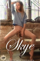 Presenting Skye gallery from METART by Paromov