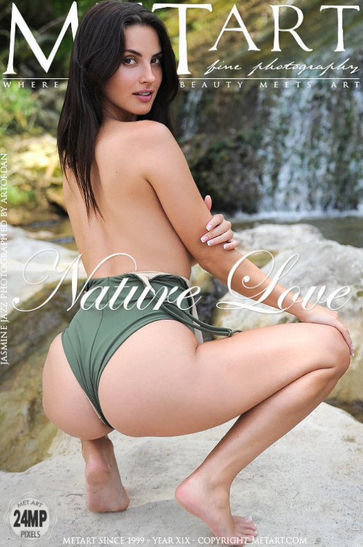 Jasmine Jazz in Nature Love gallery from METART by Artofdan