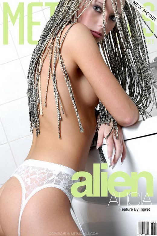 Alicia A - `Alien` - by Ingret for METMODELS
