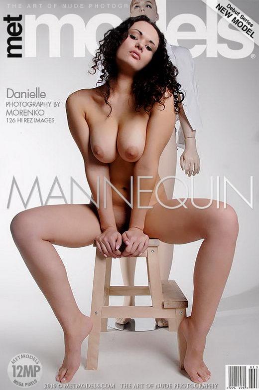 Danielle F - `Mannequin` - by Oleg Morenko for METMODELS