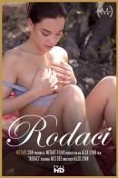 Nici Dee - Rodaci