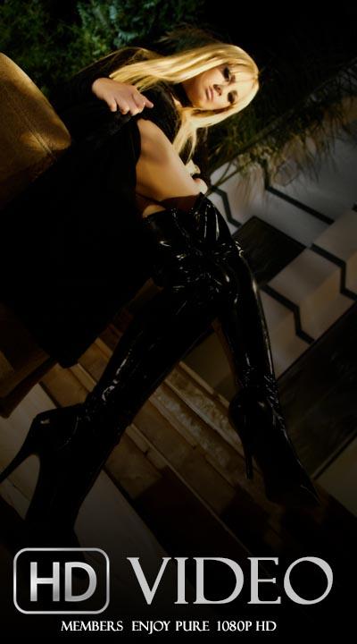 Nikki Kane - `Meet Nikki Kane - Scene 5` - by Michael Ninn for MICHAELNINN