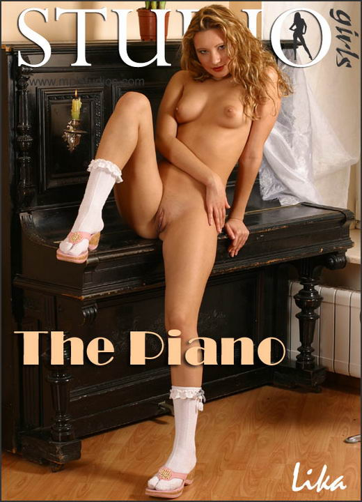 Lika in The Piano gallery from MPLSTUDIOS by Alexander Fedorov
