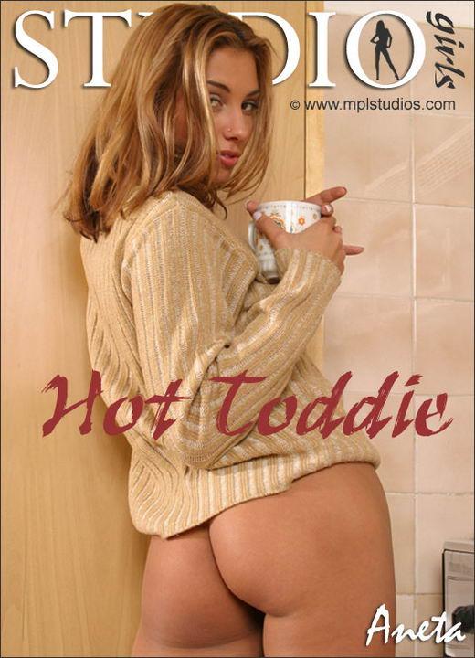 Aneta Keys - `Hot Toddie` - for MPLSTUDIOS