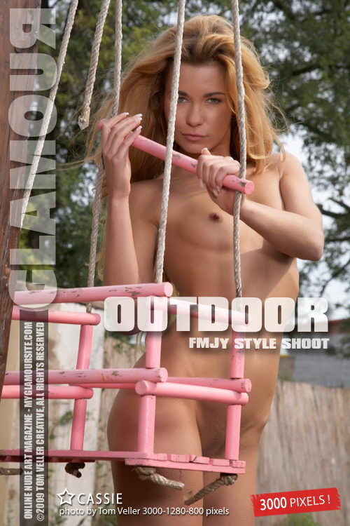 Cassie - `Outdoor` - by Tom Veller for MYGLAMOURSITE