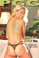 Nikki S - Goldifox