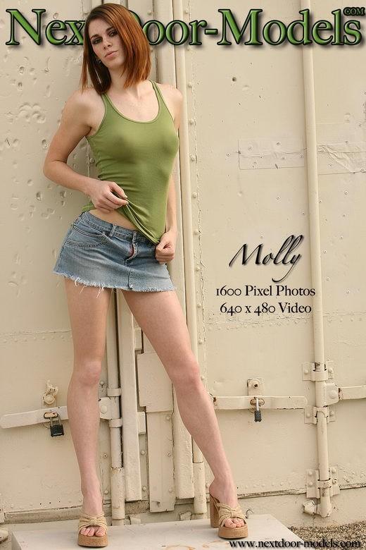 Molly - by Oliver Klozov for NEXTDOOR-MODELS2