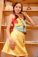 Masha - Yellow_skirt