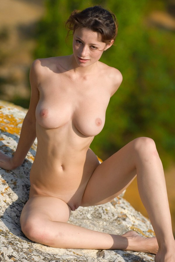 Nastiya - `Rocks Country` - by Max Asolo for NUDE-ARCHIVES