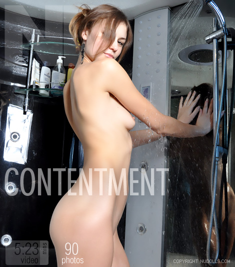 Julia - `Contentment` - for NUDOLLS