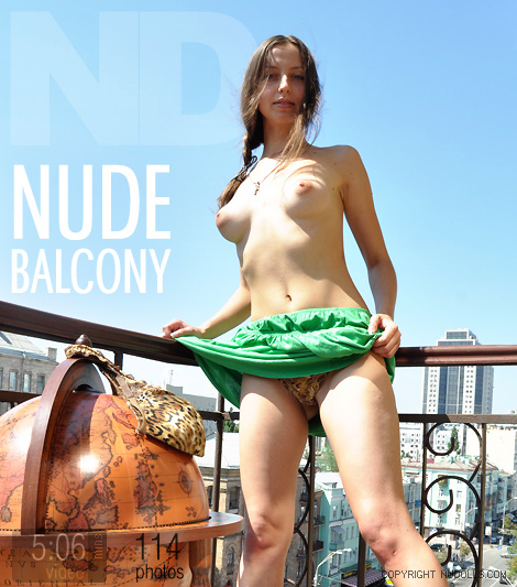 Mayka - `Nude Balcony` - for NUDOLLS
