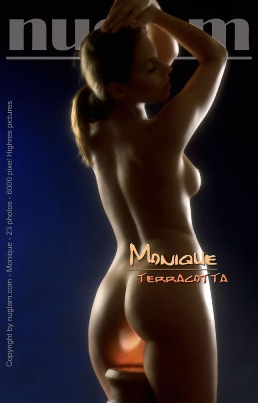 Monique - `Terracotta` - by Mik Hartmann for NUGLAM