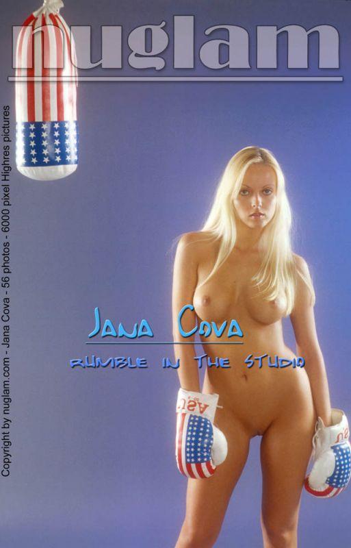 Jana Cova - `Rumble In The Studio` - by Mik Hartmann for NUGLAM
