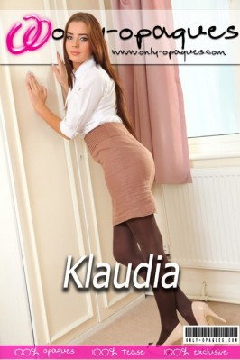 Klaudia  from ONLY-OPAQUES COVERS
