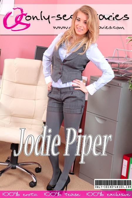 Jodie Piper - for ONLYSECRETARIES COVERS