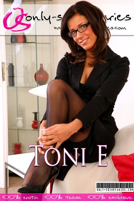 Toni E - for ONLYSECRETARIES COVERS