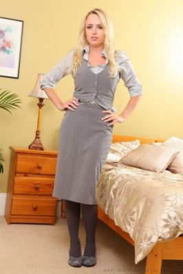 Holly Gibbons  from ONLYSECRETARIES