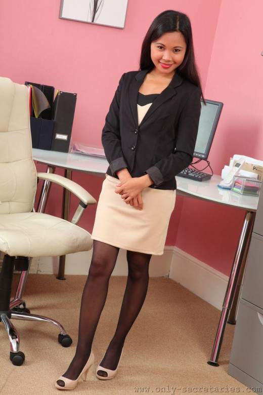 Jasmin gallery from ONLYSECRETARIES