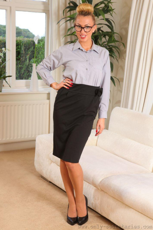 Lainey gallery from ONLYSECRETARIES