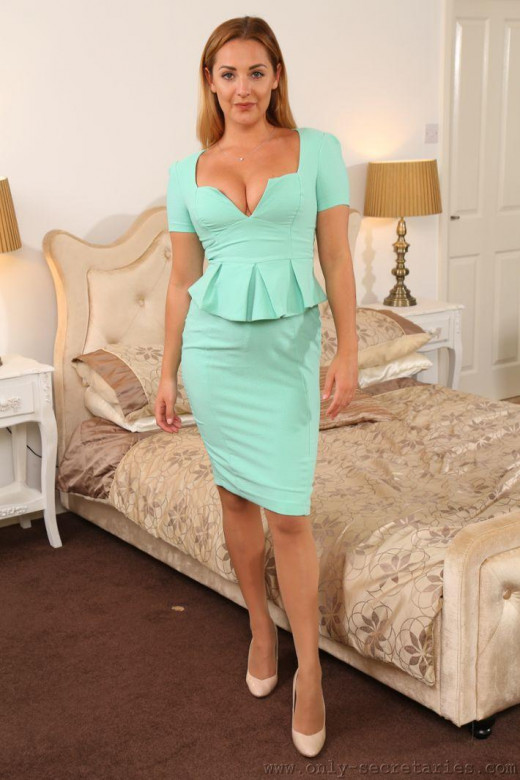 Daisy Watts gallery from ONLYSECRETARIES