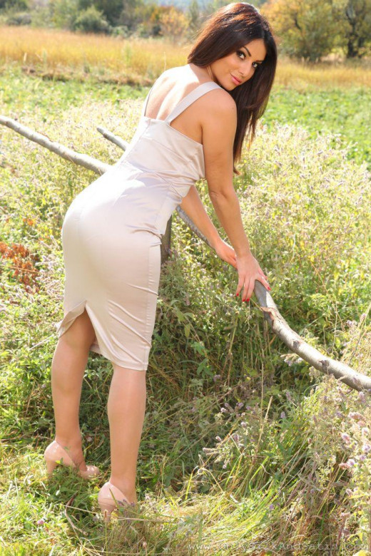 Charley S gallery from ONLYSILKANDSATIN