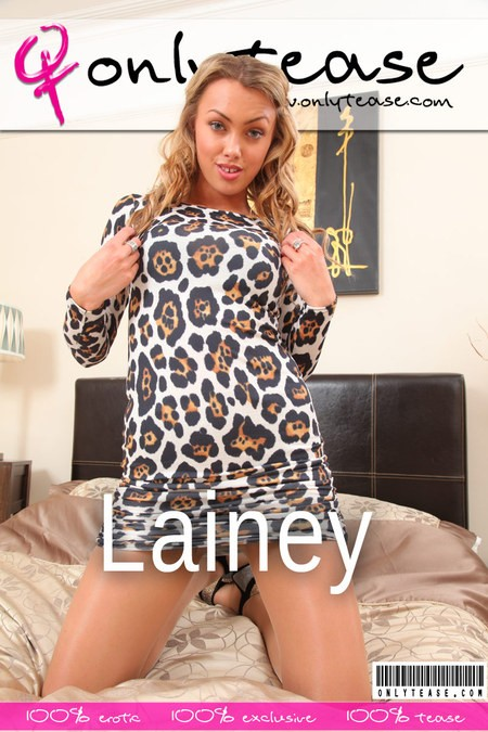 Lainey - for ONLYTEASE COVERS