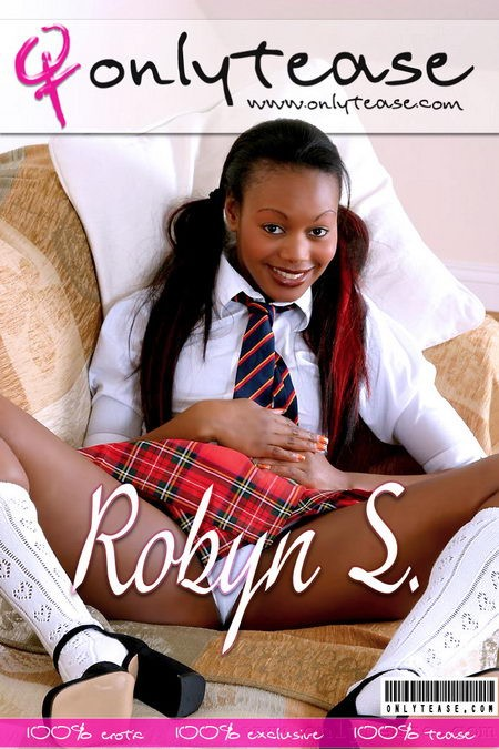 Robyn S - for ONLYTEASE COVERS