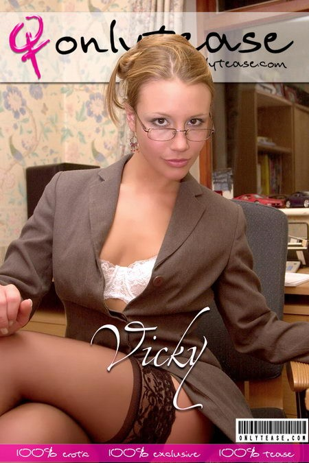 Vicky - for ONLYTEASE COVERS
