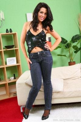 Jessica Spencer  from ONLYTEASE