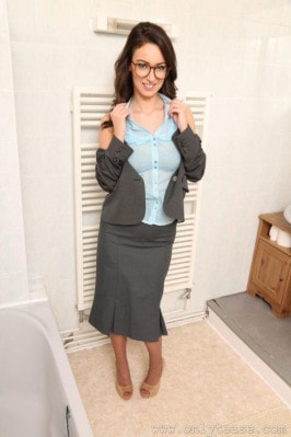Lauren Louise  from ONLYTEASE