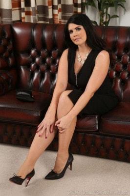 Terri Lou  from ONLYTEASE