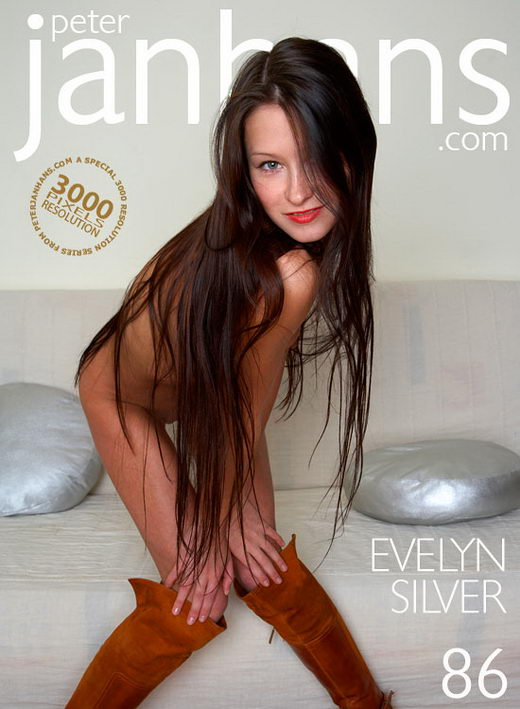 Evelyn - `Silver` - by Peter Janhans for PETERJANHANS