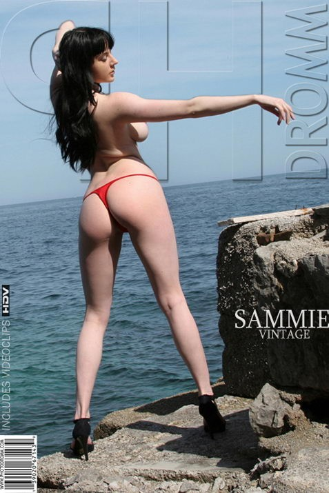 Sammie - `Vintage` - by Filippo Sano for PHOTODROMM