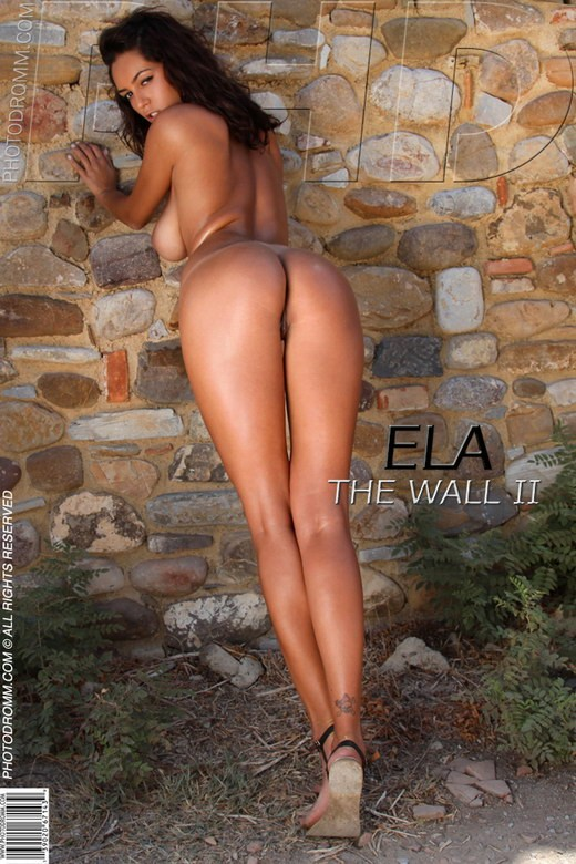 Ela - `The Wall II` - by Filippo Sano for PHOTODROMM