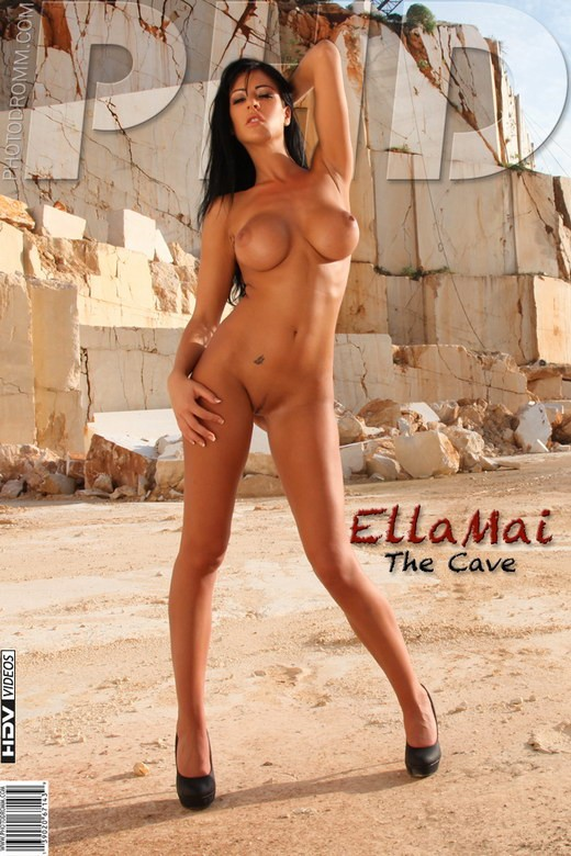 Ella Mai - `The Cave` - by Filippo Sano for PHOTODROMM