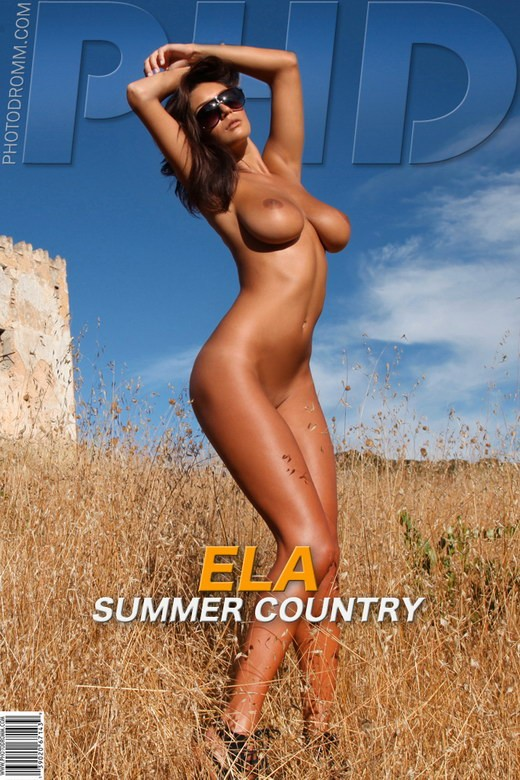 Ela - `Summer Country` - by Filippo Sano for PHOTODROMM