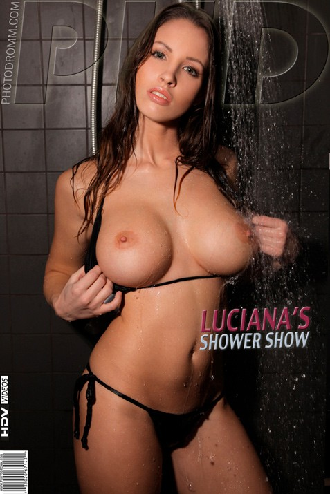 Luciana - `Shower Show` - by Filippo Sano for PHOTODROMM
