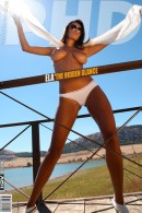 Ela - The Hidden Glance