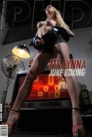 MS Lynna - Juke Boxing