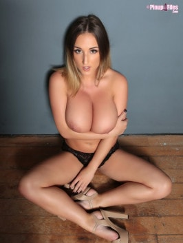 Stacey Poole  from PINUPFILES