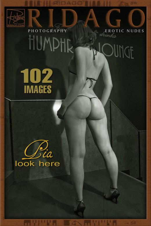 Pia - `Bikini Style` - by Carlos Ridago for RIDAGO