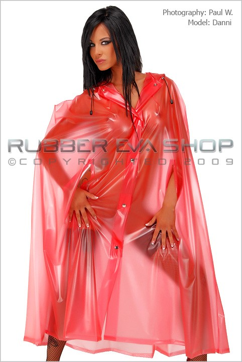 Danni - `Full Length Cape` - by Paul W for RUBBEREVA