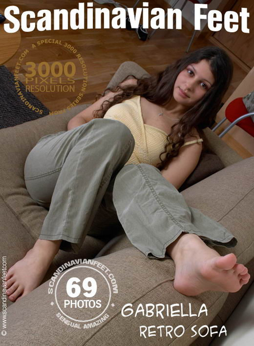 Gabriella - `Retro Sofa` - for SCANDINAVIANFEET